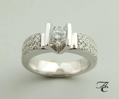 Wit gouden ring met briljanten 0.97 ct.