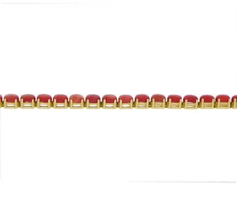 Gouden armband met bloedkoraal