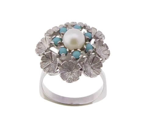 Wit gouden ring met turkoois en parel