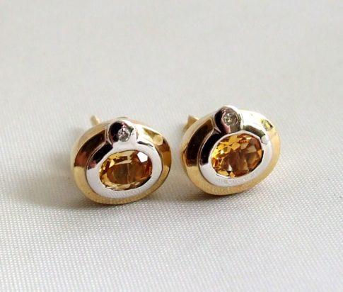 Gouden oorbellen met citrien en diamant