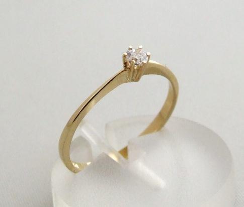 Zespoots gouden ring met zirkonia