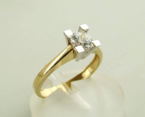 Christian gouden ring met zirkonia