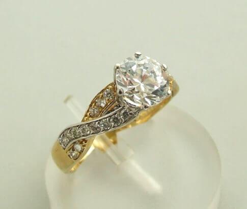 Christian ring met zirkonia