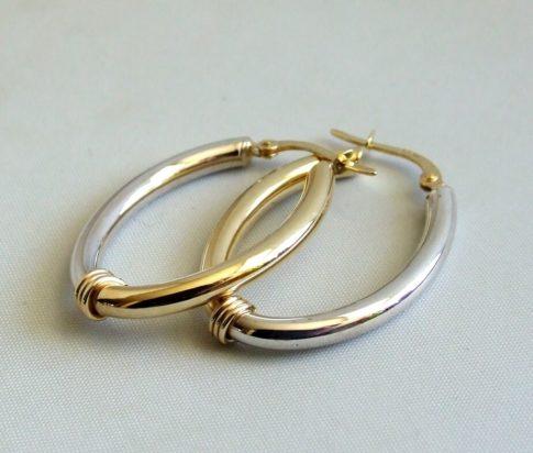 14 krt geel- en wit gouden oorbellen