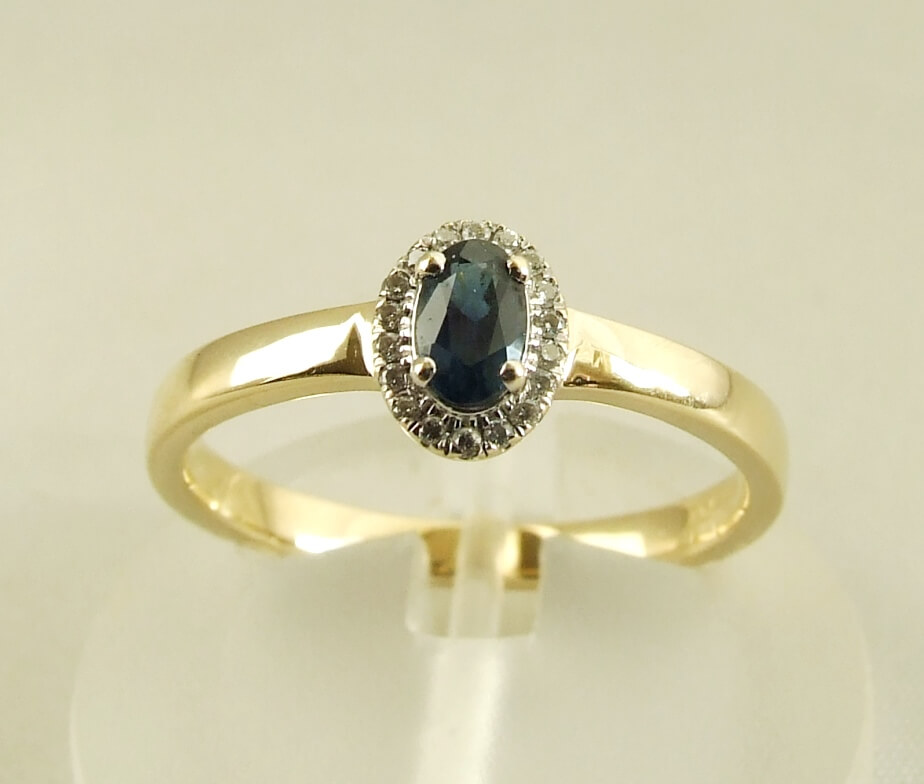 14-karaat-gouden-ring-met-saffier-en-diamanten-9332