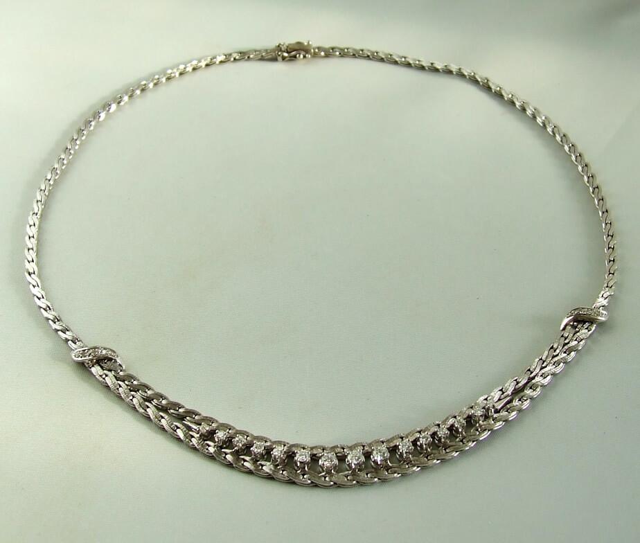 14-krt-witgouden-collier-met-diamanten-9210