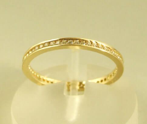 14 karaat geel gouden zirkonia ring