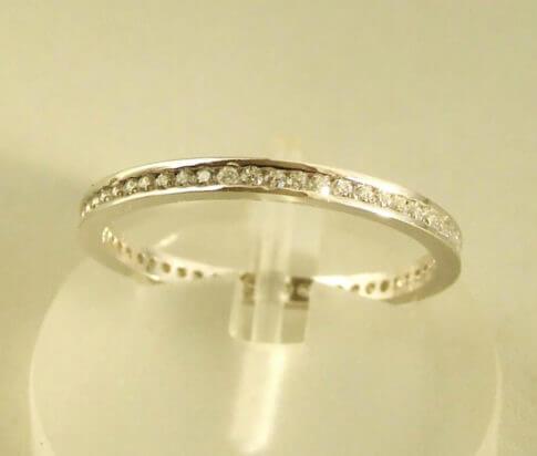 14 karaat wit gouden ring met zirkonia