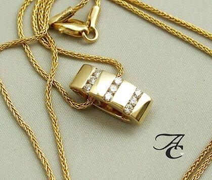 Geel gouden hangers