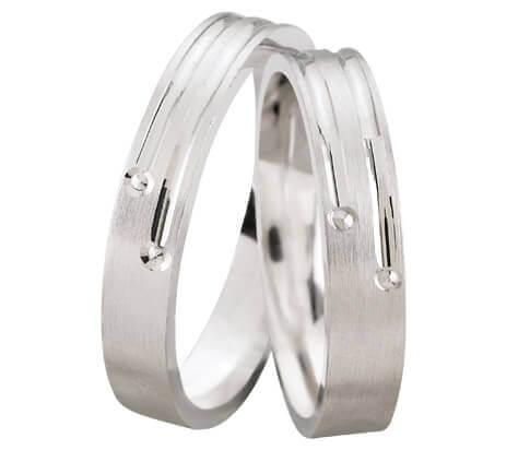 Wit gouden trouwringen met diamanten 0.04 ct.
