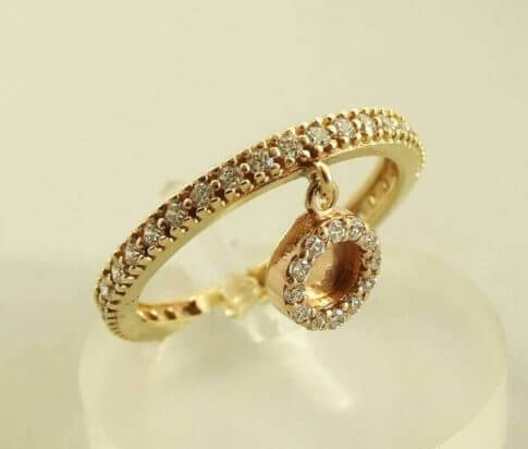 ring met hanger