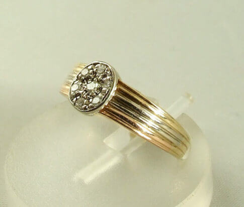 Tricolor gouden ring met diamanten