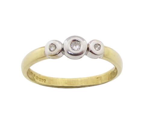 Bicolor ring met 3 briljanten
