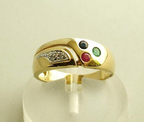 Gouden ring met saffier, diamant, robijn, smaragd